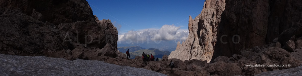 In discesa verso il rifugio VIcenza 2256 m